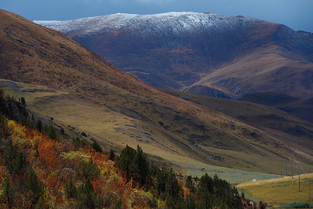 Valley near Yushu, Tibetan Plateau, Qinghai, China