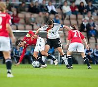 Fotball<br /> EM 2009 kvinner<br /> Semifinale<br /> Tyskland v Norge<br /> Foto: Jussi Eskola/Digitalsport<br /> NORWAY ONLY<br /> <br /> Ingvild Stensland<br /> Birgit Prinz