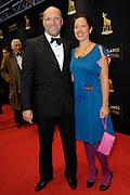 Het Gala van de Nederlandse Film met de uitreiking van de Gouden Kalveren tijdens het Nederlands Film Festival in Utrecht.<br /> <br /> Op de foto: Ruben van der Meer en partner