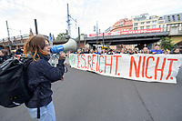 11 OCT 2019, BERLIN/GERMANY:<br /> Jugendliche demonstrieren mit einem Demonstrationszug von Fridays for Future fuer wirkungsvolle Massnahmen gegen den Klimawandel, Anna-Louisa-Karsch-Strasse<br /> IMAGE: 20191011-01-022<br /> KEYWORDS: Demonstration, Demo, Demonstranten, Klima, Klimawandel, climate change, protest, Schueler, Schüker, Studenten. Protest