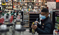 South Africa - Pretoria - 17 August 2020. Employees at Spar Tops in Les Marais, Pretoria North, doing final preperations in aticipation of customers.<br /> Picture: Oupa Mokoena/African News Agency (ANA)