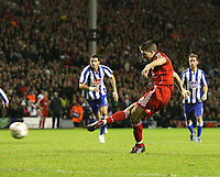 Photo: Paul Greenwood/Sportsbeat Images.<br />Liverpool v Porto. UEFA Champions League. 28/11/2007.<br />Liverpool's Steven Gerrard scores from the spot