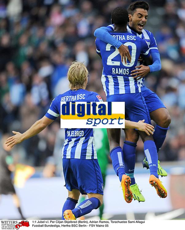 1:1 Jubel v.l. Per Ciljan Skjelbred (Berlin), Adrian Ramos, Torschuetze Sami Allagui<br /> Fussball Bundesliga, Hertha BSC Berlin - FSV Mainz 05