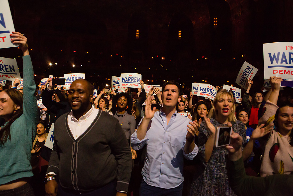 Brooklyn, NY - 7 January 2020. Massachusetts Senator and Democratic Presidential candidate Elizabeth Warren, joined by former candidate Julián Castro, drew a large and enthusiastic crowd at a speech for her 2020 presidential campaign in Brooklyn's Kings Theatre.