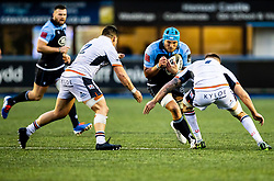 Olly Robinson of Cardiff Blues under pressure from Luke Crosbie of Edinburgh Rugby<br /> <br /> Photographer Simon King/Replay Images<br /> <br /> Guinness PRO14 Round 2 - Cardiff Blues v Edinburgh - Saturday 5th October 2019 -Cardiff Arms Park - Cardiff<br /> <br /> World Copyright © Replay Images . All rights reserved. info@replayimages.co.uk - http://replayimages.co.uk