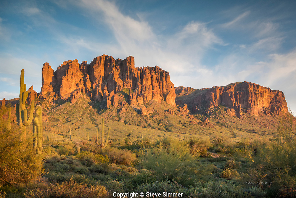 A view from Lost Dutchman State Park on the edge of the Superstition Wilderness