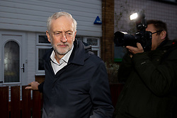 © Licensed to London News Pictures. 18/12/2018. London, UK. Leader of the Labour Party Jeremy Corbyn leaves home this morning. Yesterday, Jeremy Corbyn tabled a motion of no confidence in British Prime Minister Theresa May, following the announcement that the postponed vote on May's EU withdrawal deal would not take place until the week beginning 14 January 2019. Photo credit : Tom Nicholson/LNP