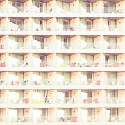 Hotelfassade Cala Ratjada, Mallorca, Spanien