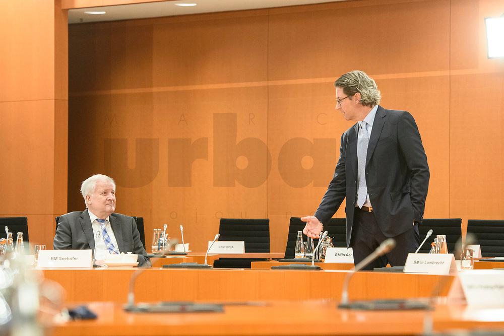 02 SEP 2020, BERLIN/GERMANY:<br /> Horst Seehofer (L), CSU, Bundesinnenminister, und Andreas Scheuer (R), CSU, Bundesverkehrsminister, im Gespraech, vor Beginn einer SItzung des Kabinetts im grossen Sitzungssaal, der aufgrund der Corona-Vorgaben fuer die Kabinettsitzung genutzt wird, Budneskanzleramt<br /> IMAGE: 20200902-01-006<br /> KEYWORDS: Sitzung, Kabinett, Gespräch