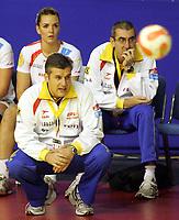 03.12.2008 Ohrid (FYR Macedonia)<br />Norway-Spain European women's handball championship<br />Jorge Duenas(L) Spain coach <br />Foto:Aleksandar Djorovic