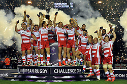 Billy Twelvetrees of Gloucester Rugby lifts the European Rugby Challenge Cup trophy in celebration - Photo mandatory by-line: Patrick Khachfe/JMP - Mobile: 07966 386802 01/05/2015 - SPORT - RUGBY UNION - London - The Twickenham Stoop - Edinburgh Rugby v Gloucester Rugby - European Rugby Challenge Cup Final