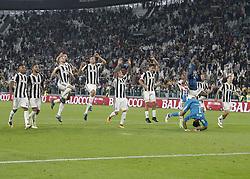 September 23, 2017 - Turin, Italy - Juventu team during Serie A match between Juventus v Torino, in Turin, on September 23, 2017  (Credit Image: © Loris Roselli/NurPhoto via ZUMA Press)