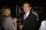 Robert Lindsay, Royal Court Theatre 50th Anniversary Gala sponsored by Vanity Fair. Titanic. Brewer St. London. 26 April 2006. ONE TIME USE ONLY - DO NOT ARCHIVE  © Copyright Photograph by Dafydd Jones 66 Stockwell Park Rd. London SW9 0DA Tel 020 7733 0108 www.dafjones.com