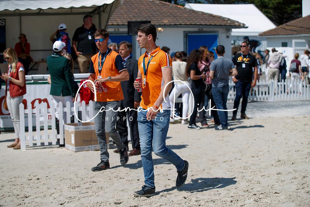Van Grunsven Jens, Jochems Kevin, NED<br /> Longines FEI Jumping Nations Cup de France<br /> La Baule 2018<br /> © Hippo Foto - Dirk Caremans<br /> 20/05/2018