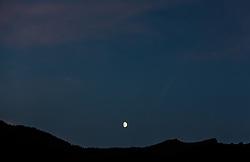 THEMENBILD - der Mond steht über den Bergen der Hohen Tauern, aufgenommen am 12. September 2016 in Kaprun, Österreich // the moon is over the mountains of the Hohe Tauern, Kaprun, Austria on 2016/09/12. EXPA Pictures © 2016, PhotoCredit: EXPA/ JFK