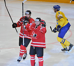 01.05.2013, Globe Arena, Stockholm, SWE, IIHF, Eishockey WM, Vorberichte, im Bild Canada Kanada 91 Steven Stamkos gör 1-0 mål goal jubel, glädje , lycka , glad , celebration , happy , joy , celebrates // during the IIHF Icehockey World Championship Game between Canada and Sweden at the Ericsson Globe, Stockholm, Sweden on 2013/05/16. EXPA Pictures © 2013, PhotoCredit: EXPA/ PicAgency Skycam/ Simone Syversson..***** ATTENTION - OUT OF SWE *****