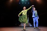 Wereldpremiere Charley de komische musical in het oude Luxor Theater Rotterdam.<br /> <br /> Op de foto: Laus Steenbeeke en Vera Mann