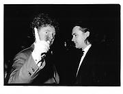 Malcolm MacLaran, Damien Hirst, Serpentine, London 1993 approx© Copyright Photograph by Dafydd Jones 66 Stockwell Park Rd. London SW9 0DA Tel 020 7733 0108 www.dafjones.com
