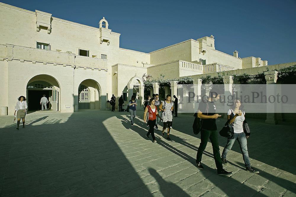 6 Ottobre 2011, Savelletri Borgo Ignazia.Partenza per Cerano, Brindisi..Apulia Audiovisual Workshop Puglia Experience.Apulia Film Commission