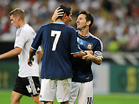 Fotball<br /> Tyskland v Argentina<br /> 15.08.2012<br /> Foto: Witters/Digitalsport<br /> NORWAY ONLY<br /> <br /> 0:3 Jubel v.l. Angel Di Maria, Lionel Messi (Argentinien)<br /> Fussball Testspiel, Deutschland - Argentinien 1:3