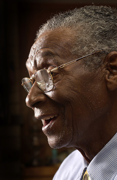 Elroy Chinn of Arkansas learned to read at the age of 80.