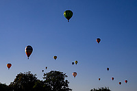 Early evening Hot Air Ballon accent during the Midlands Air FestivalPhoto by Chris wynne