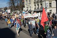 SCHWEIZ - BERN - Demonstration 'Essen ist politisch!' organisiert von 'Landwirtschaft mit Zukunft', hinter dieser Initative stehen über 30 Organisationen, welche zur Demonstration aufgerufen haben. Hier der Demonstrationszug auf dem Kornhausplatz - 22. Februar 2020 © Raphael Hünerfauth - http://huenerfauth.ch