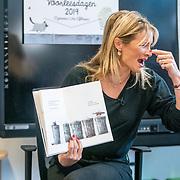 NLD/Amsterdam/201901213 - BN'ers bij het Nationale Voorleesontbijt 2019, Lieke van Lexmond leest voor