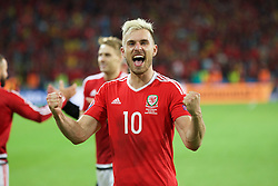 5LILLE, FRANCE - Friday, July 1, 2016: Wales' Aaron Ramsey celebrates the 3-1 victory over Belgium at the end of the UEFA Euro 2016 Championship Quarter-Final match at the Stade Pierre Mauroy. (Pic by Paul Greenwood/Propaganda)