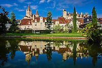 France, Indre-et-Loire (37), Loches, la cité médiévale, le Logis Royal et le chateau, Eglise St-Ours, jardin public // France, Indre-et-Loire (37), Loches, Royal castle and dwelling, St-Ours church, garden public