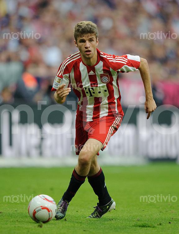 Fussball Bundesliga Saison 2010/2011 FC Bayern Muenchen - SV Werder Bremen Thomas MUELLER (FCB).