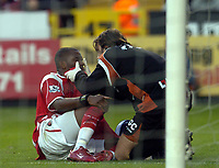 Photo: Olly Greenwood.<br />Charlton Athletic v Manchester City. The Barclays Premiership. 04/11/2006. Charlton's Darren Bent is inspected by the medical team.