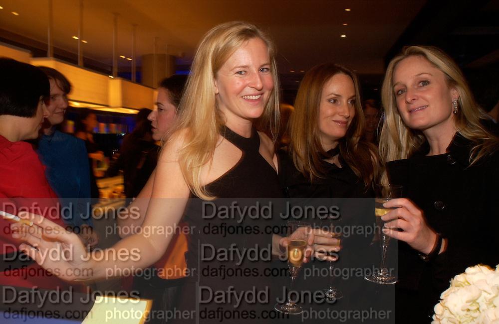 Alannah Weston, Emily Oppenheimer Turner and Kadee Robbins, 2004 Frieze Art Fair curatorial programme Cartier dinner. Yauacha, Broadwick St. 13 October 2004. ONE TIME USE ONLY - DO NOT ARCHIVE  © Copyright Photograph by Dafydd Jones 66 Stockwell Park Rd. London SW9 0DA Tel 020 7733 0108 www.dafjones.com