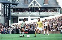 Fotball<br /> Foto: Colorsport/Digitalsport<br /> NORWAY ONLY<br /> <br /> Georg Best - døde i dag 25.11.2005<br /> <br /> George Best makes his debut for Fulham. Fulham v Bristol Rovers, 4/9/76