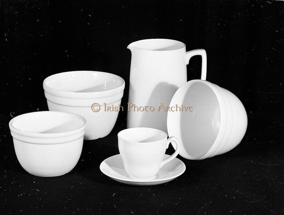 C.T.T. Glass and Pottery etc. in Studio 20th april,1961, Córas tráchtála. Irish export board.