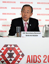 July 18, 2016 - Durban, South Africa - UNSecretary General Ban Ki Moon speaks at a press conference at the World AIDS Conference in Durban, South Africa, 18 July 2016. At the World AIDS Conference, researchers, activists, and government representatives are looking for ways to defeat the deadly immuno-deficiency virus for good by 2030. Photo:JUERGANBAETZ/dpa (Credit Image: © JüRgen BäTz/DPA via ZUMA Press)