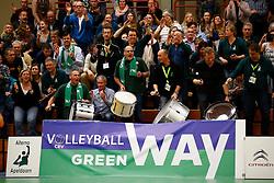 20141217 NED: Challenge Cup, Coolen Alterno - VDK Gent: Apeldoorn<br />Volle tribunes<br />©2014-FotoHoogendoorn.nl / Pim Waslander