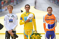 CYCLING - TOUR DE FRANCE 2010 - PARIS (FRA) - 25/07/2010 - PHOTO : VINCENT CURUTCHET / DPPI - <br /> STAGE 20 - LONGJUMEAU > PARIS CHAMPS ELYSEES - PODIUM GENERAL - ANDY SCHLECK (LUX) / SAXO BANK / 2ND , ALBERTO CONTADOR (ESP) / ASTANA / WINNER AND DENIS MENCHOV (RUS) / RABOBANK / 3RD