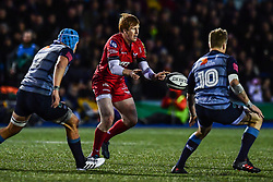 Scarlets' Rhys Patchell in action - Mandatory by-line: Craig Thomas/Replay images - 31/12/2017 - RUGBY - Cardiff Arms Park - Cardiff , Wales - Blues v Scarlets - Guinness Pro 14