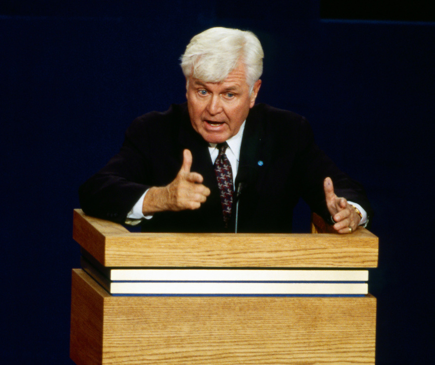 Vice Presidential candidate James Stockdale. Vice presidential candidates Dan Quayle (Left), James Stockdale (Center) and Al Gore face off on Oct. 13, 1992, in Atlanta, Ga. during the prime time broadcast of the 1992 Vice Presidential Debate.