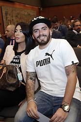 Diego Junior mit Ehefrau Nunzia Pennino bei einer Pressekonferenz zum Benefiz-Fussball-Event Spiel f¸r den Frieden am 12. Oktober 2016 in Rom / 101016<br /> <br /> ***Match of Peace: United For Peace' photocall, Rome, Italy on october 10, 2016***
