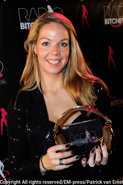 5e Editie Radiobitches Awards in Studio 21, Hilversum.<br /> <br /> Op de foto: Patricia van Liemt (Q-Music) is uitgeroepen tot backstagebitch van 2011
