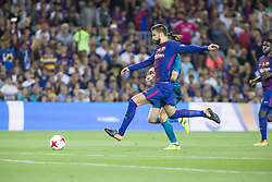 August 13, 2017 - Barcelona, Spain - Gerard Pique during the match between FC Barcelona - Real Madrid, for the first leg of the Spanish Supercup, held at Camp Nou Stadium on 13th August 2017 in Barcelona, Spain. (Credit: Urbanandsport / NurPhoto) (Credit Image: © Urbanandsport/NurPhoto via ZUMA Press)