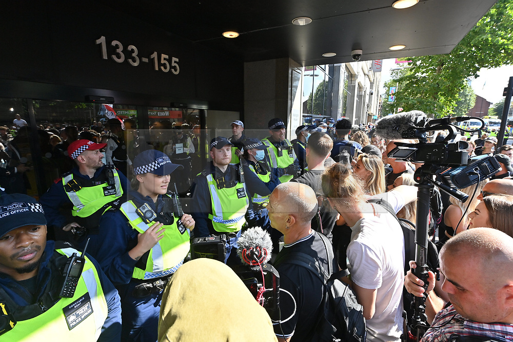 © Licensed to London News Pictures. 16/09/2021. London, UK. Anti Lockdown and anti Covid vaccination protesters take part in a demonstration outside thew Public Health England Office in Waterloo calling for an end to mandatory vaccination passports and the vaccination of teenagers. Photo credit: London News Pictures