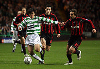 Photo: Paul Thomas.<br /> Glasgow Celtic v AC Milan. UEFA Champions League. Last 16, 1st Leg. 20/02/2007.<br /> <br /> Shunsuke Nakamura (L) of Celtic tries to evade Andrea Pirlo.