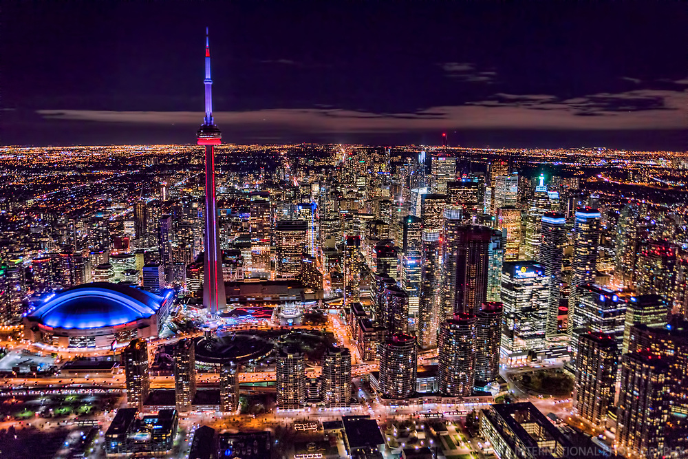 Rogers Centre (Skydome), CN Tower & Downtown Toronto