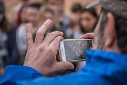 THEMENBILD - Das Stammlager Auschwitz I gehörte neben dem Vernichtungslager KZ Auschwitz II–Birkenau und dem KZ Auschwitz III–Monowitz zum Lagerkomplex Auschwitz und war eines der größten deutschen Konzentrationslager. Es befand sich zwischen Mai 1940 und Januar 1945 nach der Besetzung Polens im annektierten polnischen Gebiet des nun deutsch benannten Landkreises Bielitz am südwestlichen Rand der ebenfalls umbenannten Kleinstadt Auschwitz (polnisch Oświęcim). Teile des Lagers sind heute staatliches polnisches Museum bzw. Gedenkstätte. Im Bild eine Person fotografiert den überlebenden Marko Feingold, aufgenommen am 11.04.2018, Oswiecim, Polen // Auschwitz concentration camp was a network of concentration and extermination camps built and operated by Nazi Germany in occupied Poland during World War II. It consisted of Auschwitz I (the original concentration camp), Auschwitz II–Birkenau (a combination concentration/extermination camp), Auschwitz III–Monowitz (a labor camp to staff an IG Farben factory), and 45 satellite camps. Concentration camp Auschwitz I, Oswiecim, Poland on 2018/04/11. EXPA Pictures © 2018, PhotoCredit: EXPA/ Florian Schroetter