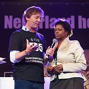 NLD/Hilversum/20181010 - Giro 555 actiedag voor Sulawesi, Frits Sissing met Joyce Sylvester