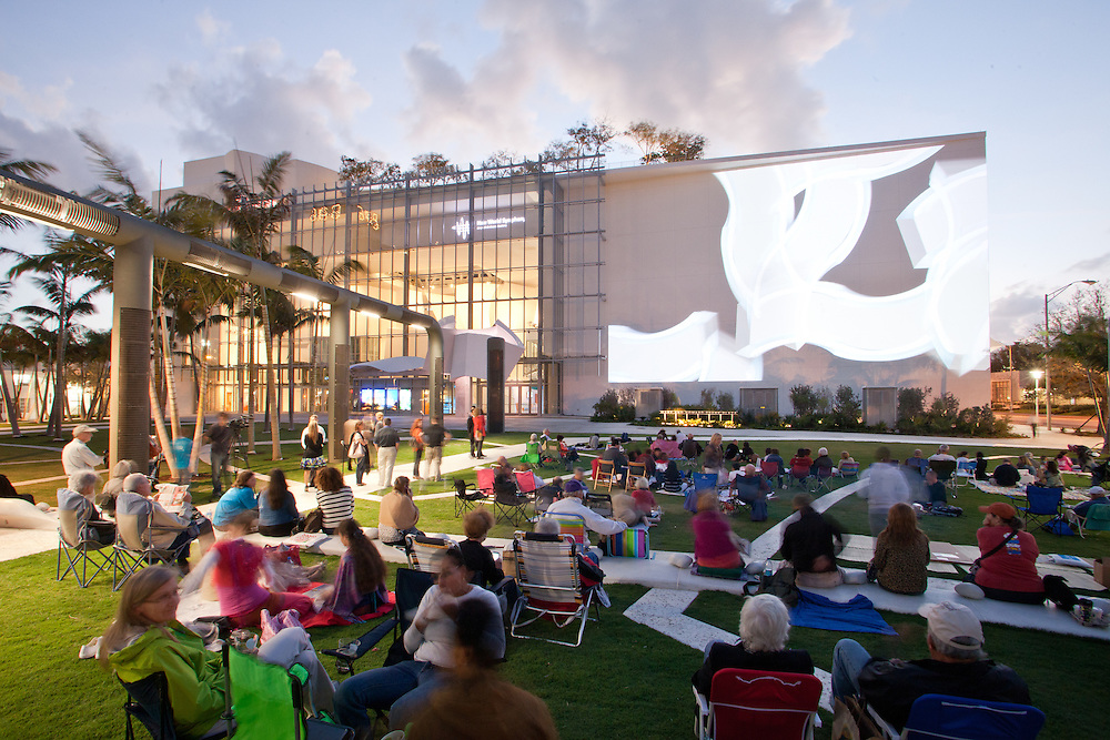 Soundscape Park Miami Beach. Designed by West 8. Photo by Robin Hill (c)