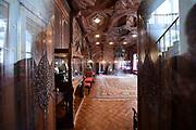 Paleis Noordeinde en Koninklijke Stallen open voor het publiek.  ////  Noordeinde Palace and Royal Stables open to the public.<br /> <br /> Op de foto / On the photo:  Indische Zaal / Indian Room